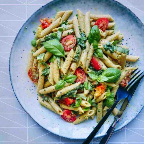 pasta nem opskrift vegetar basilikum
