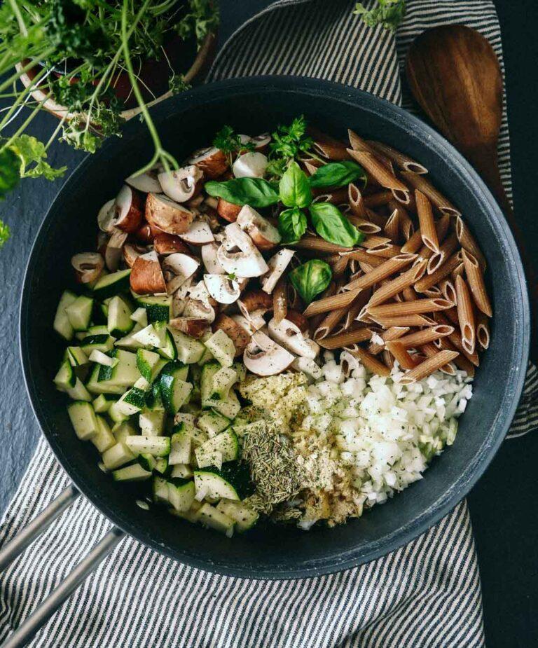 mættende vegetar og veganske opskrifter