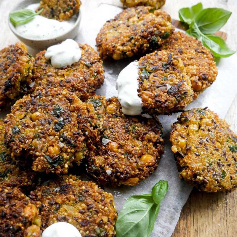 opskrift på quinoadeller med kikærter