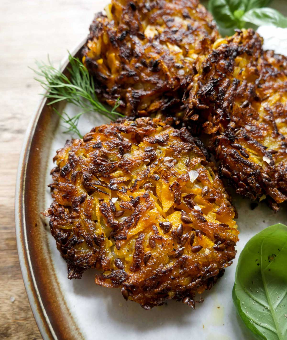 rosti med gulerødder og kartofler