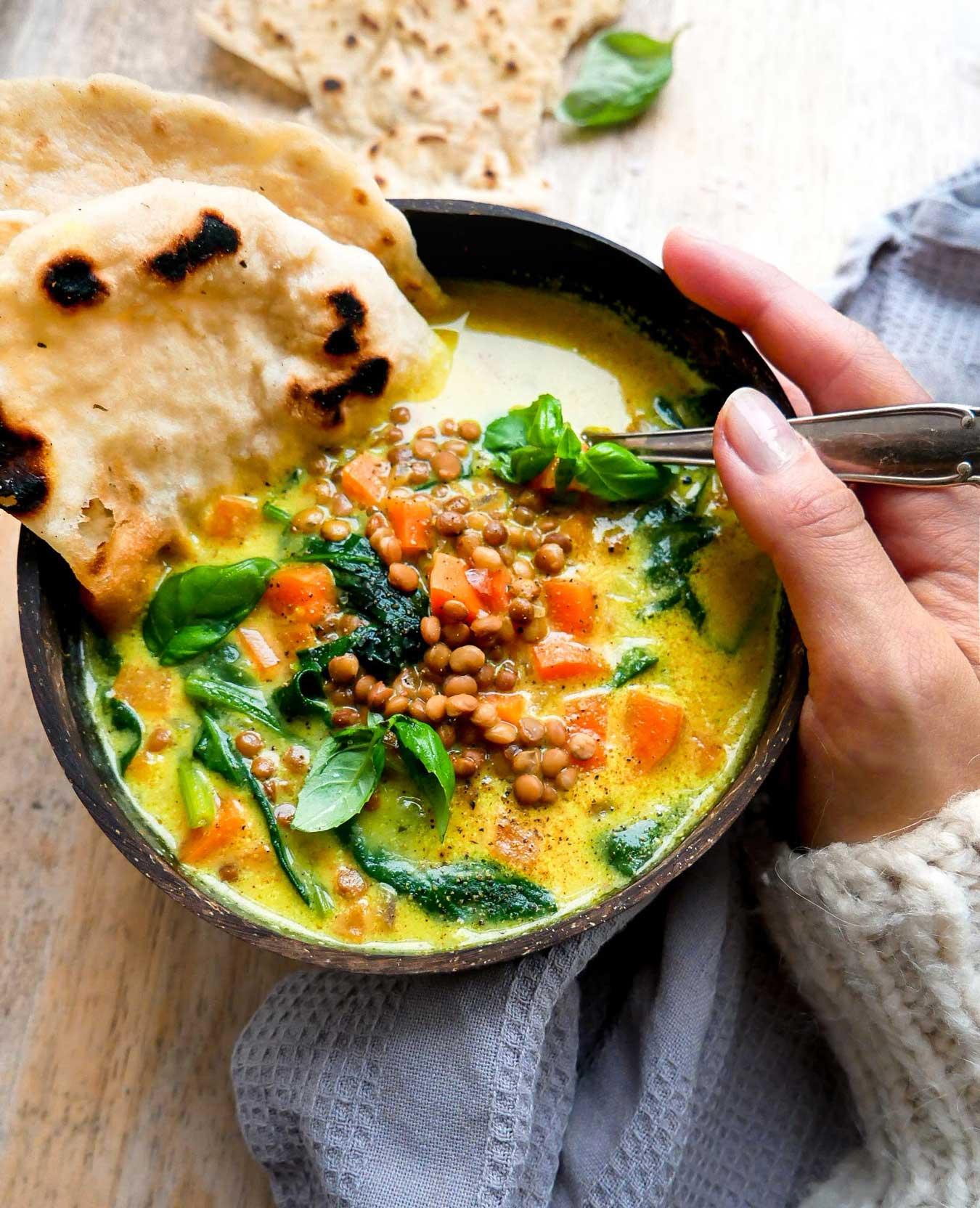 opskrift på vegansk suppe med linser og grøntsager
