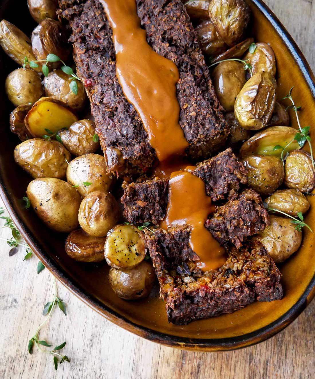 plante steg med kartofler og sauce