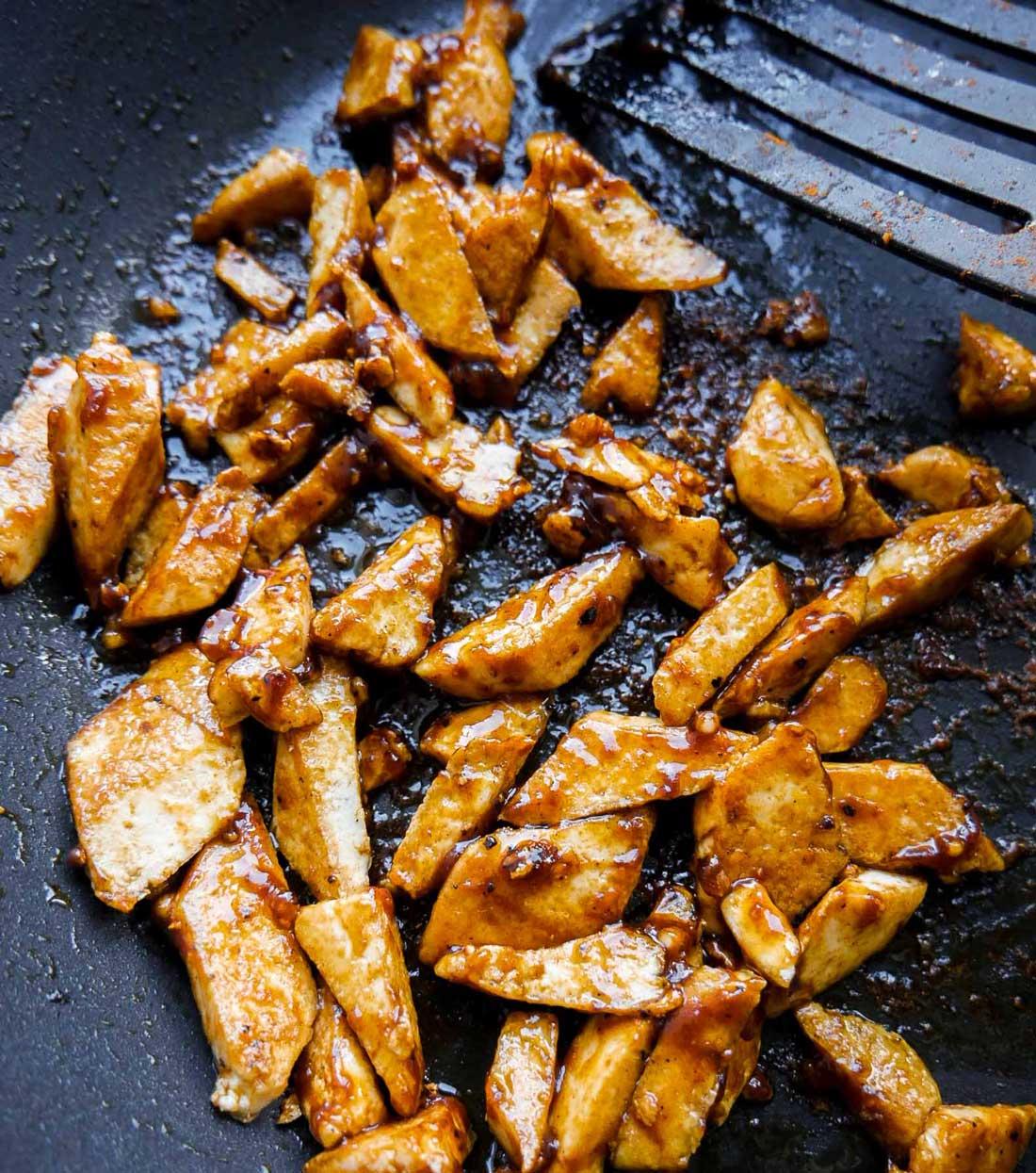 stegt tofu med marinade til pastaopskrift