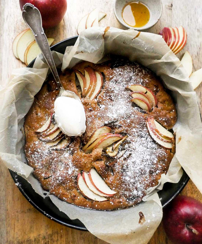 vegansk æblekage nem opskrift