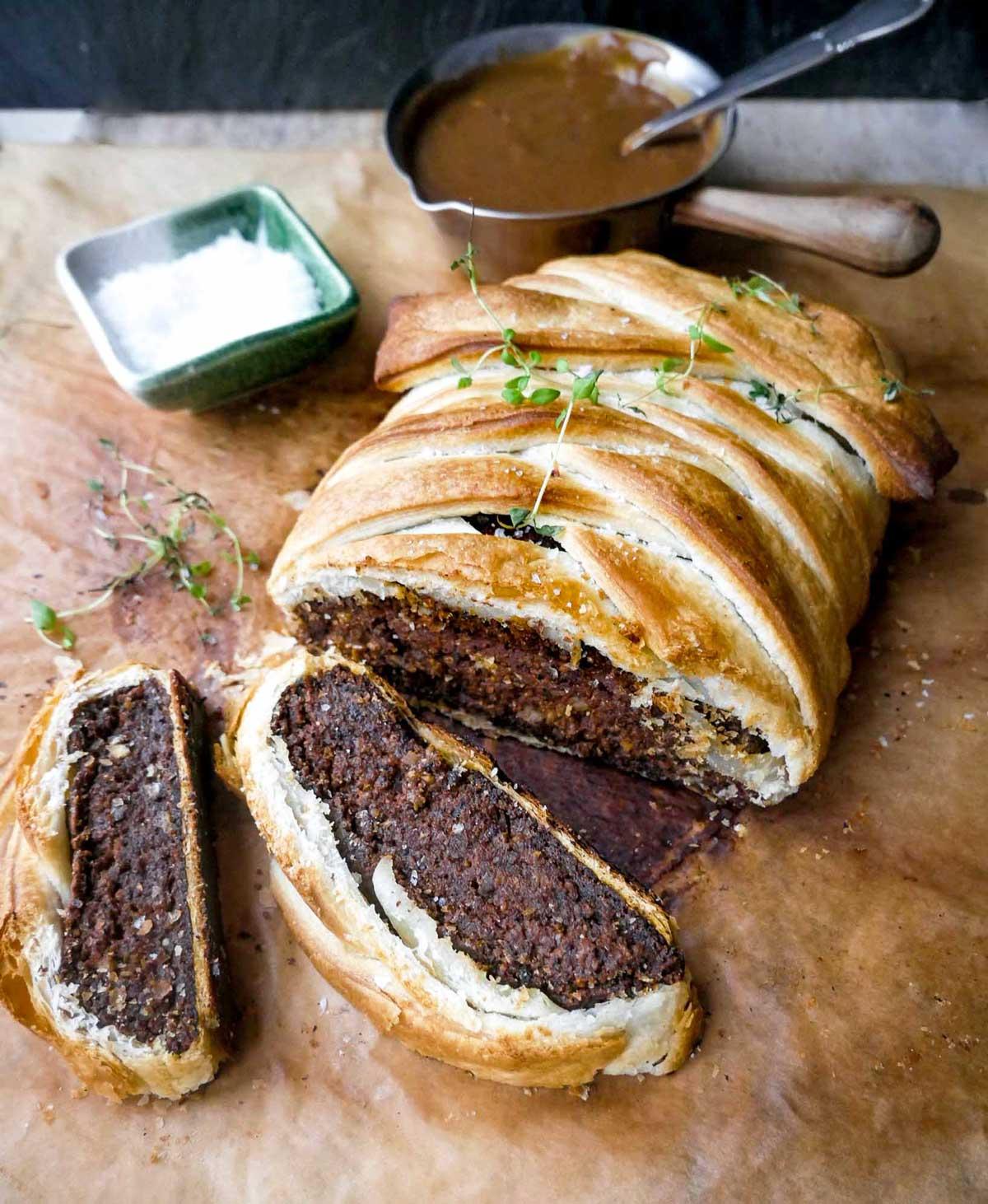 vegansk beef wellington opskrift med grøntsager