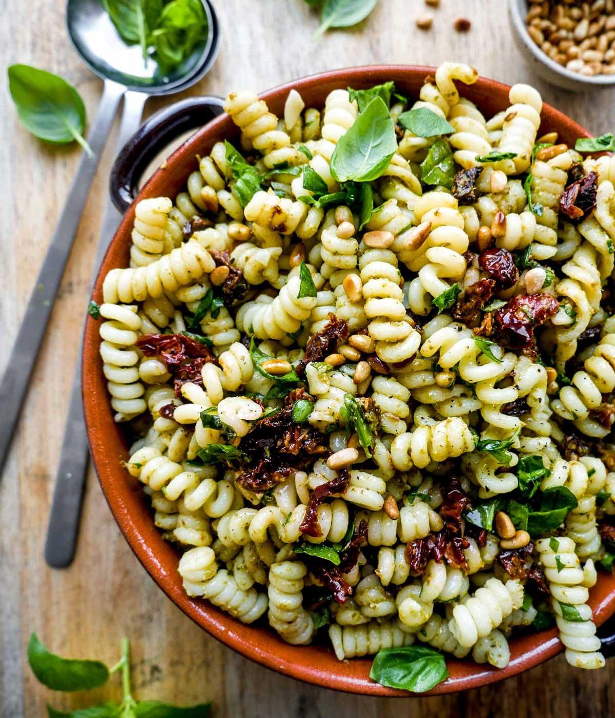 nem opskrift på pastasalat uden kød