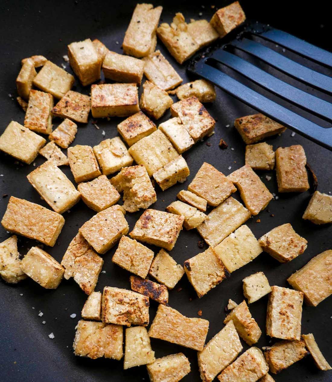 tofu stegt på panden