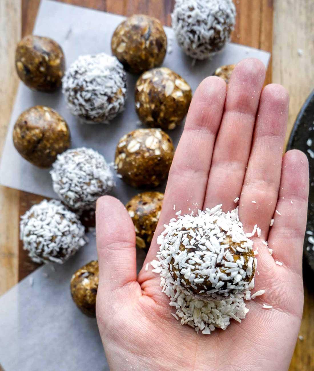 havregrynskugler med kokos nem opskrift