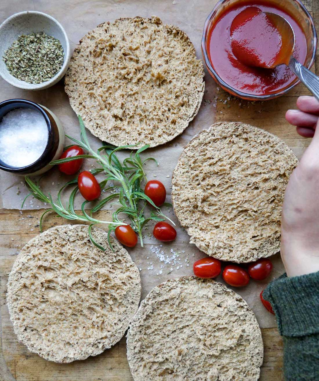 pitabrød til minipizzaer med fuldkorn