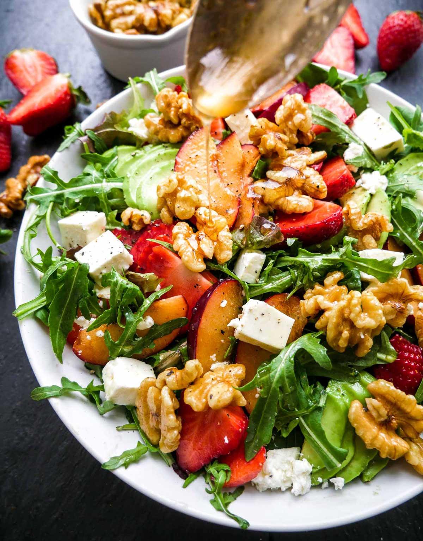 sommer salat med valnødder og ahorn sirup
