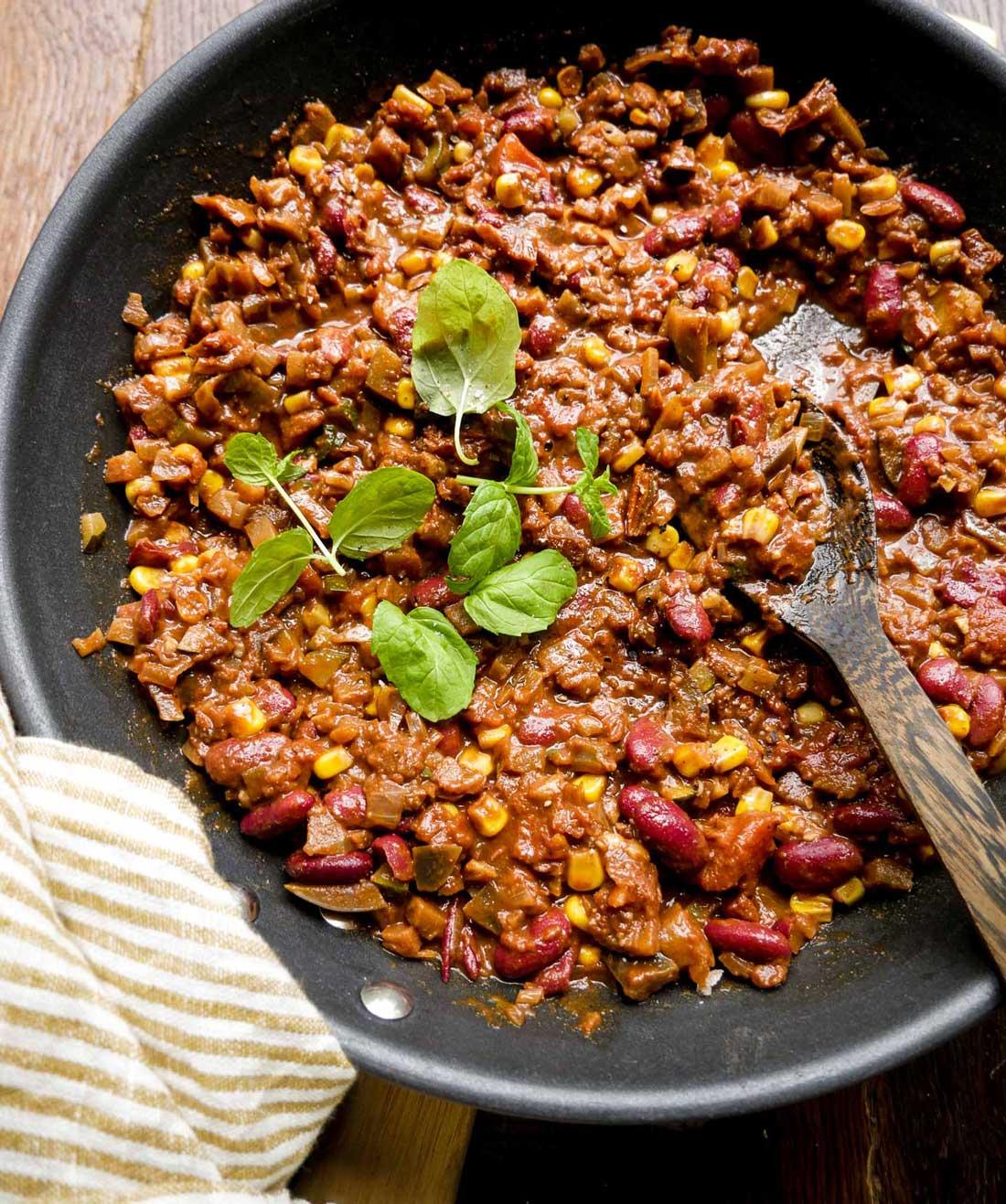 vegansk taco kød med bønner og grøntsager
